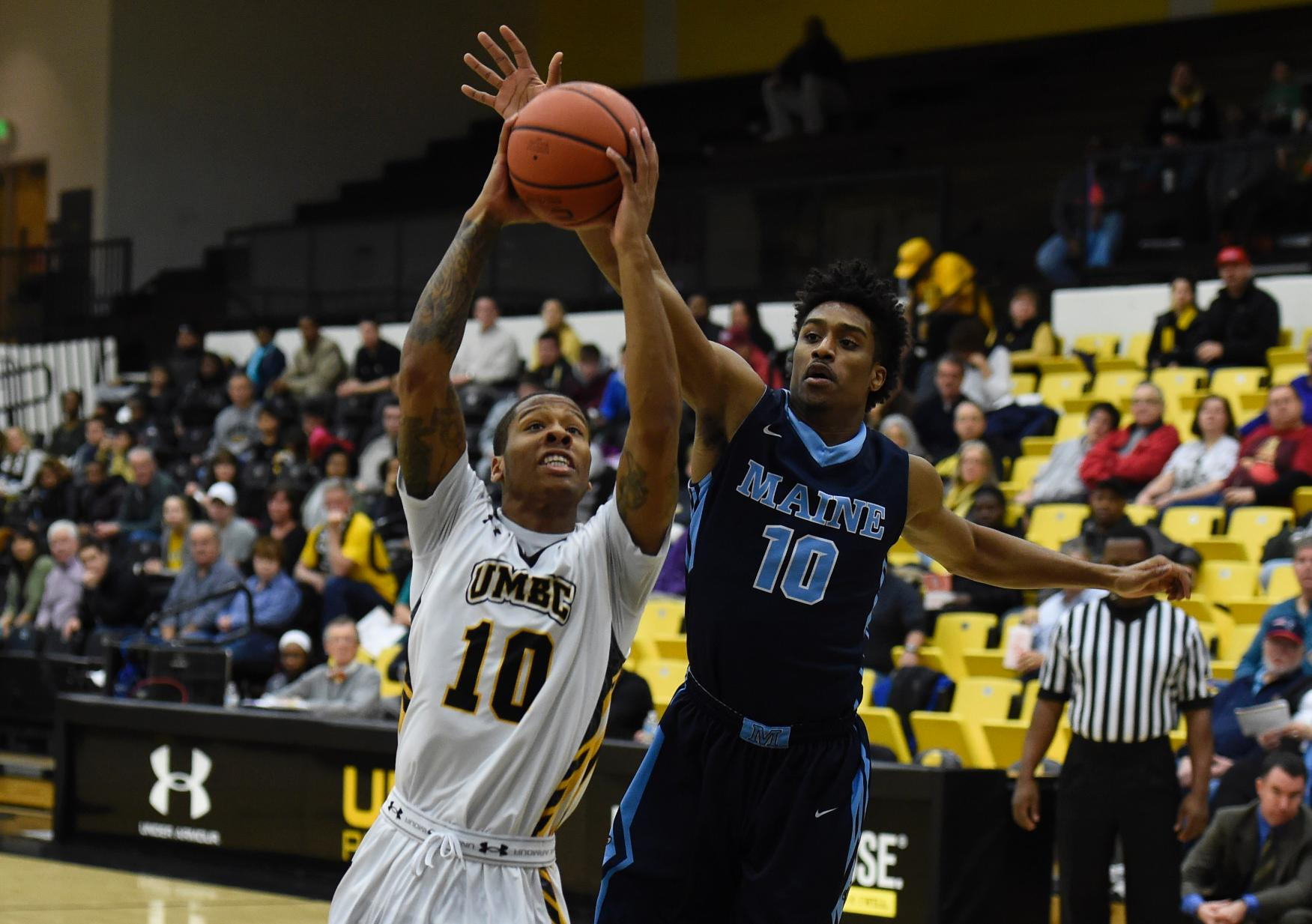 Lyles Leads Potent Retriever Offense To 89-76 Triumph Over Maine