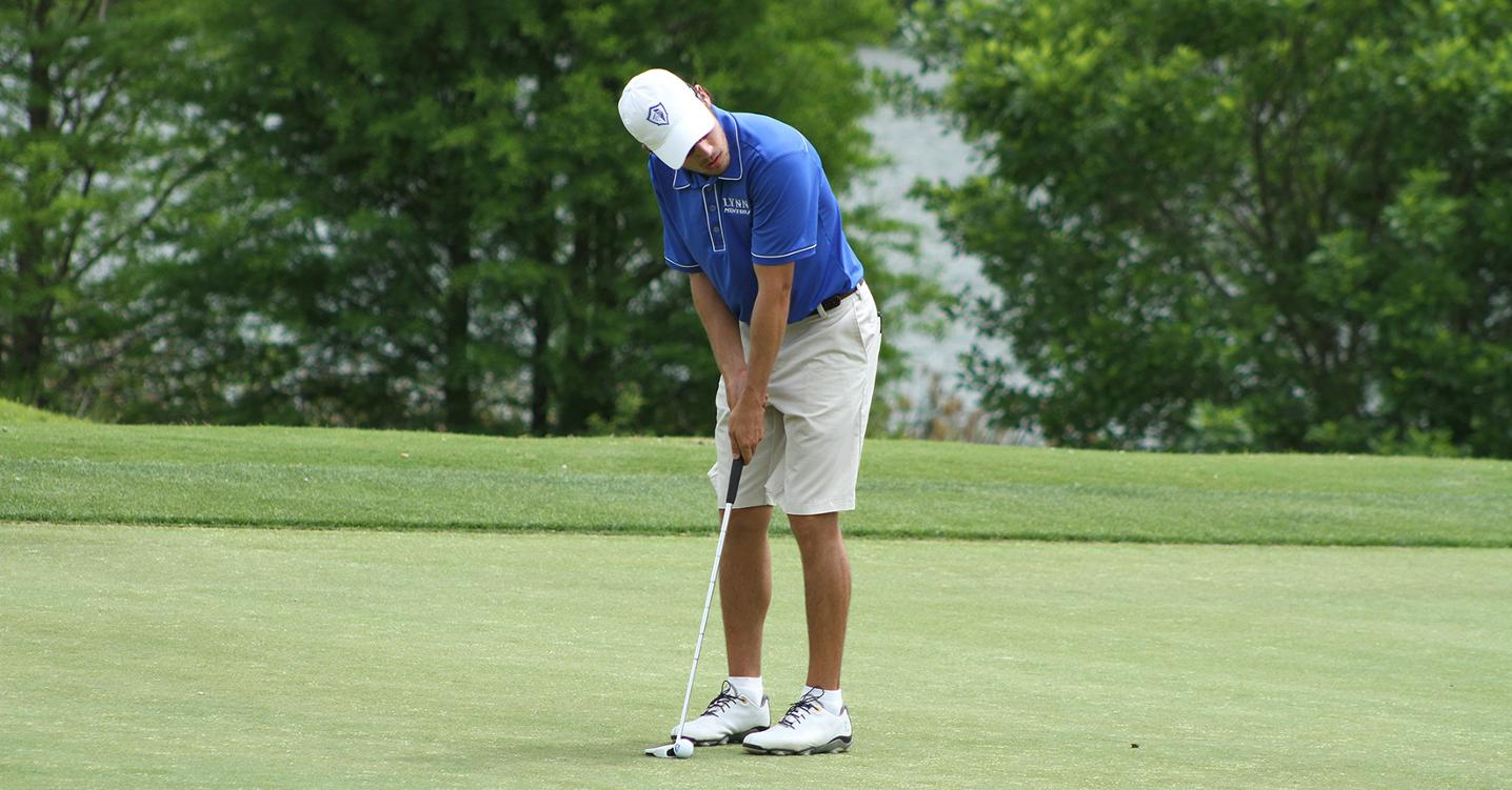 Men's Golf Stays Near Top of Leaderboard at National Championship