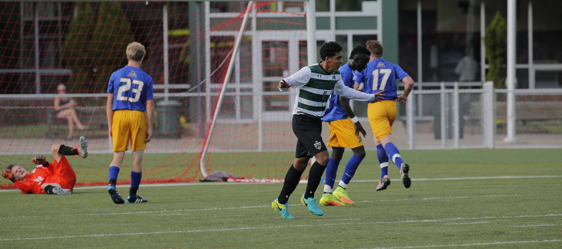 Men's Soccer Cant Hold On To Early Lead Against SUNY-Fredonia