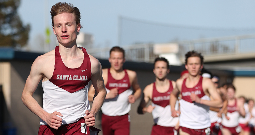 Jack Davidson topped his own 5,000-meter program record by more than three seconds at the Payton Jordan Invitational.