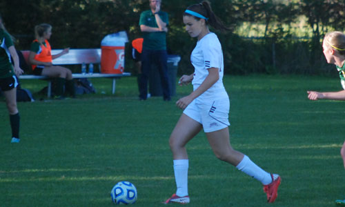 Tuttle and Humphrey pace women's soccer past GMC