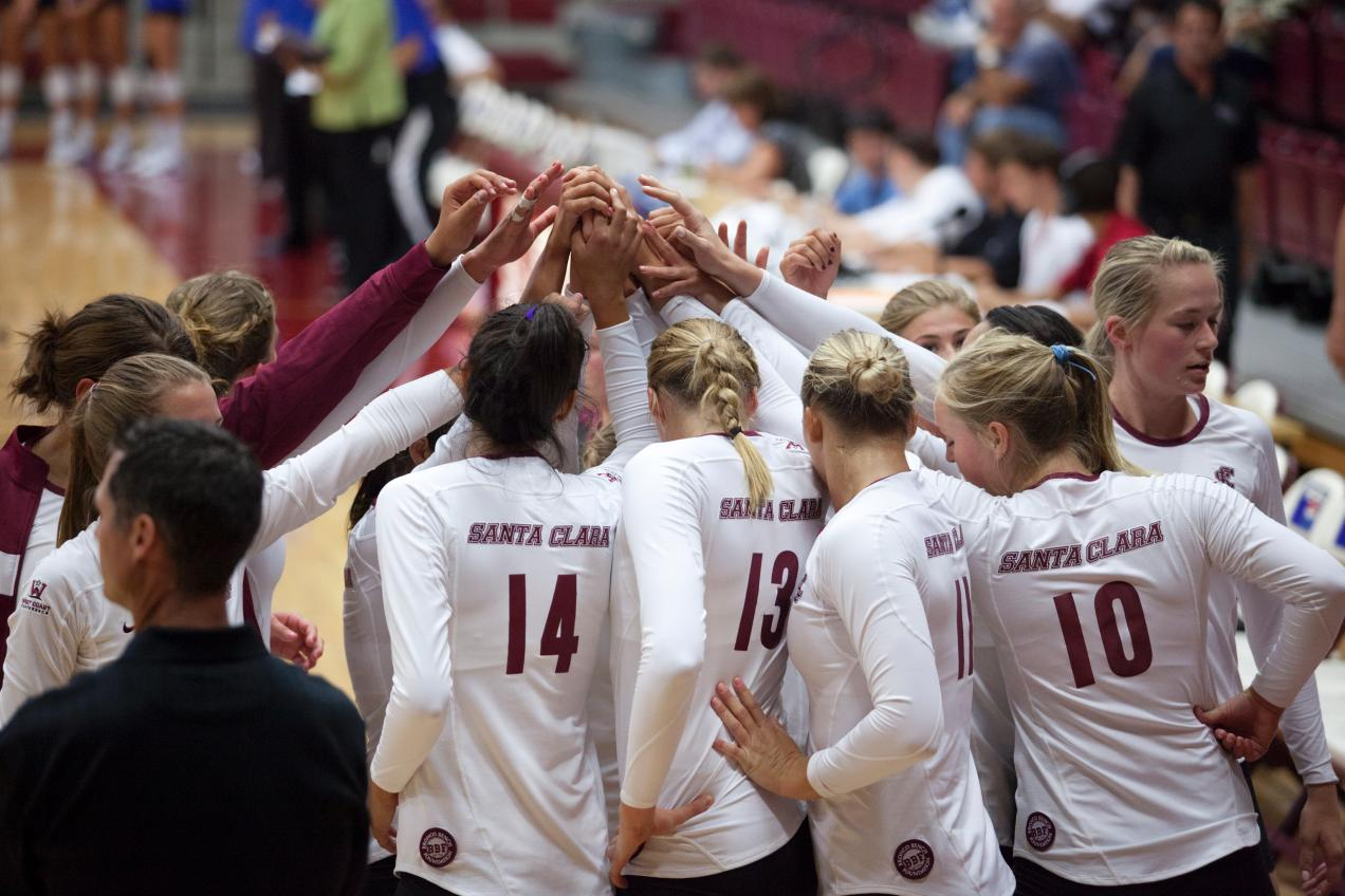 Volleyball Travels to BYU, USF This Weekend for WCC Play