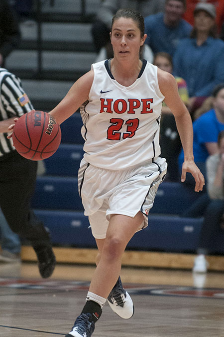 Elizabeth Perkins, Hope, Women's Basketball Athlete of the Week 12/5/16