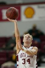 Women's Basketball Tops San Diego 60-52