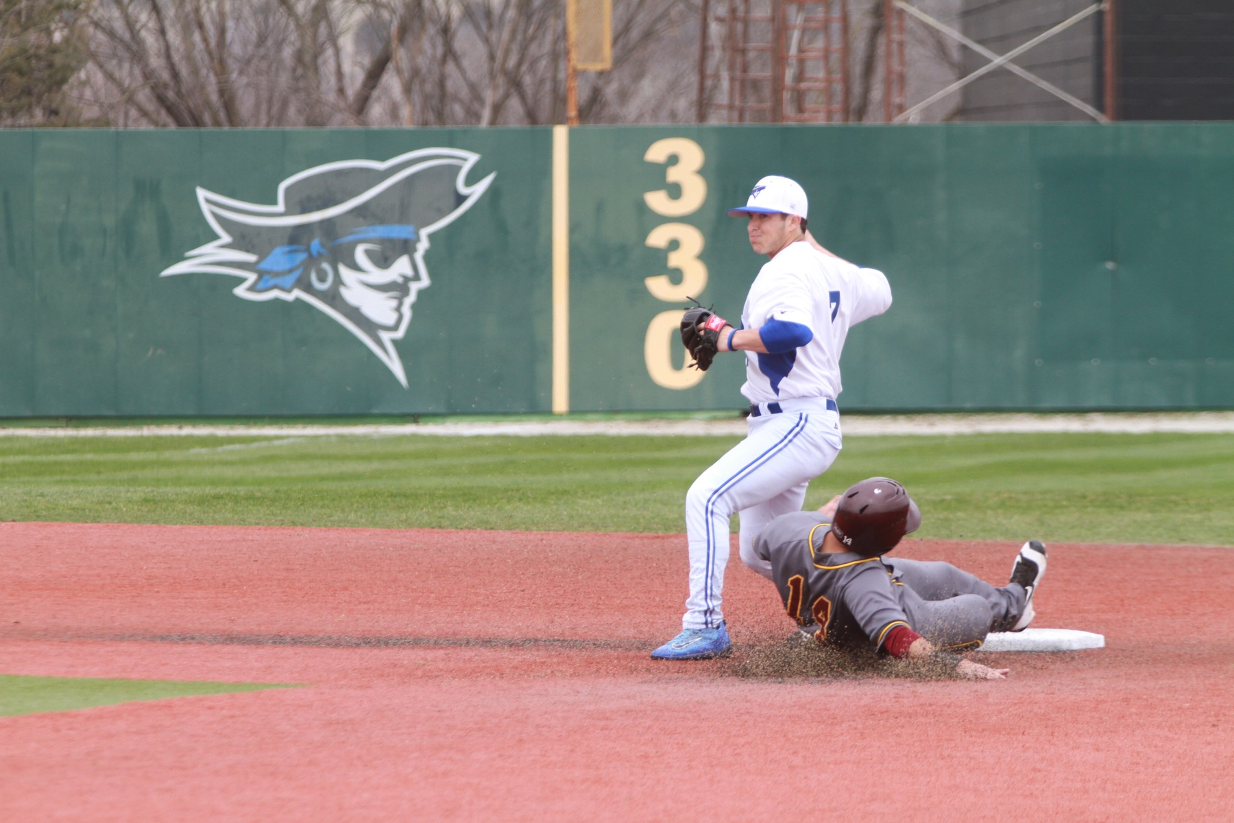Iowa Western Sweeps Indian Hills to Open ICCAC Play
