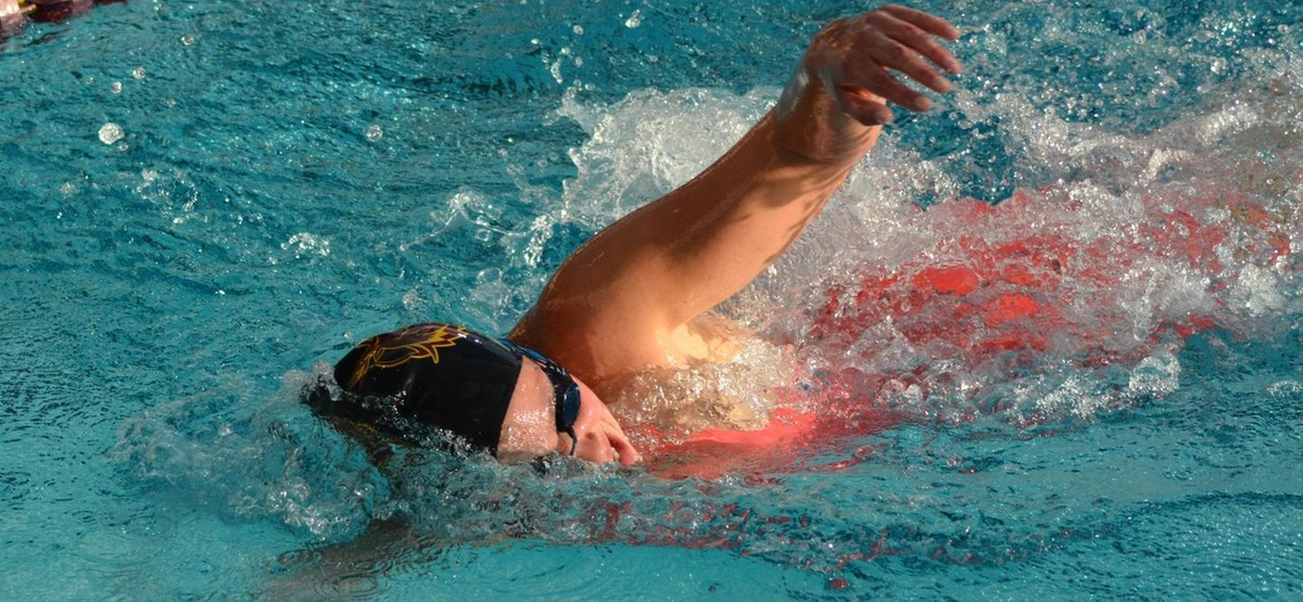 CMS Women's Swimming and Diving Sweeps Every Event in Road Win Over Redlands