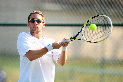 Manfield's Win at No. 3 Singles Seals 5-4 Victory Over Mustangs