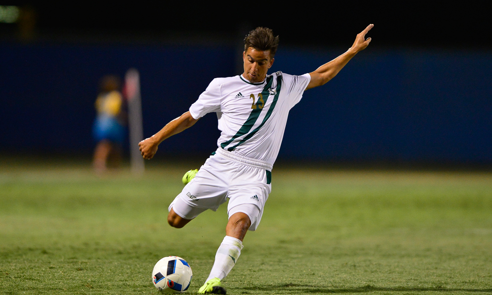 MEN'S SOCCER RIDES EARLY GOAL TO 1-0 WIN AT LOYOLA MARYMOUNT