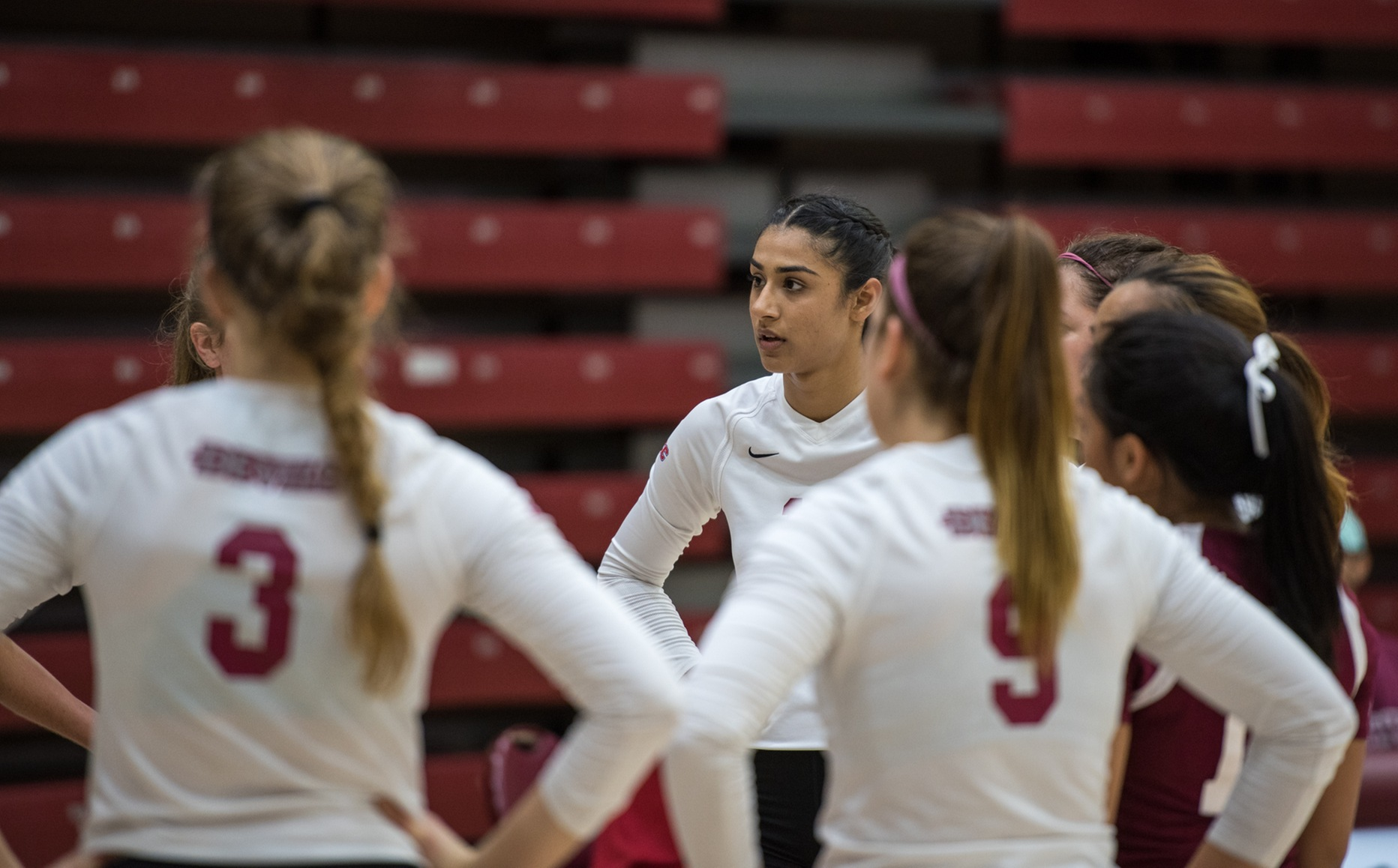 Women's Volleyball Closes 2017 Campaign on Friday Night; Sangu Puts Stamp on Impressive Career