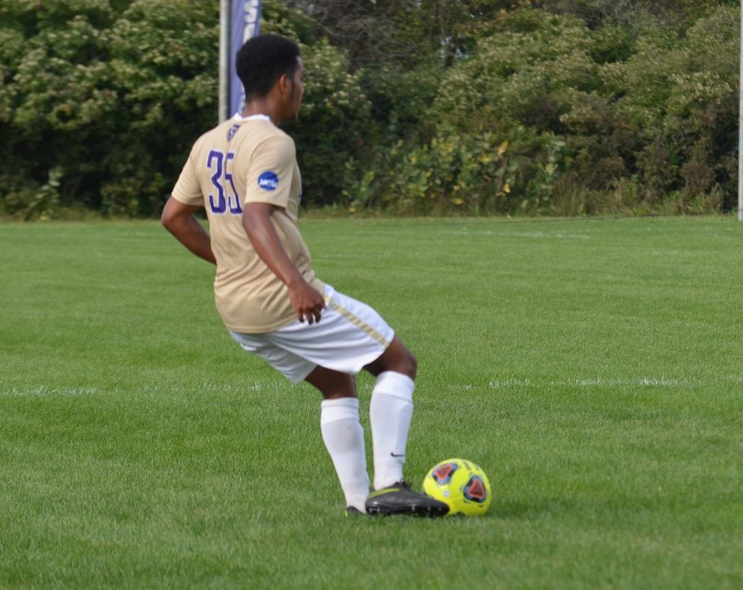 Men's Soccer Captures a 2-0 Victory on the Road