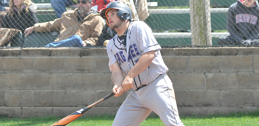 Eagles Split Twinbill With Hardin-Simmons