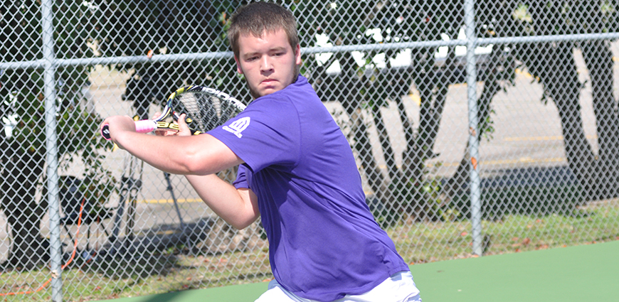 Men's Tennis Team Drops Match Against Christian Brothers University