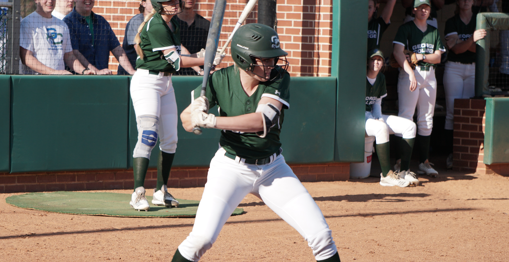 GC Softball Sweeps FMU Doubleheader, Edenfield Walk-Off Ends Game Two