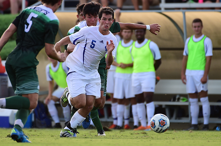 W&L Men's Soccer Downs Emory & Henry, 3-0