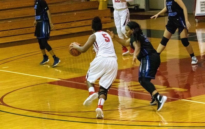 Women's Basketball Falls to Wilmington Wildcats in CACC Road Match