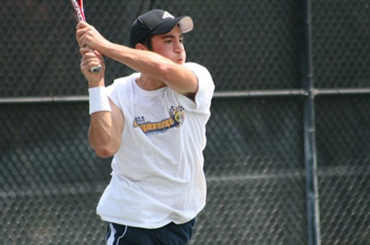 Men's tennis downs Babson, 8-1