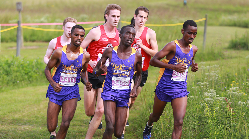 Sanga's school record, men's top-five finish highlight breakout performance at Commodore Classic