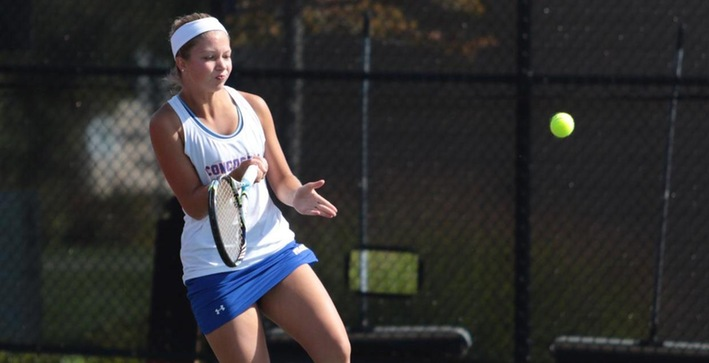 Women's Tennis splits matches on spring break trip