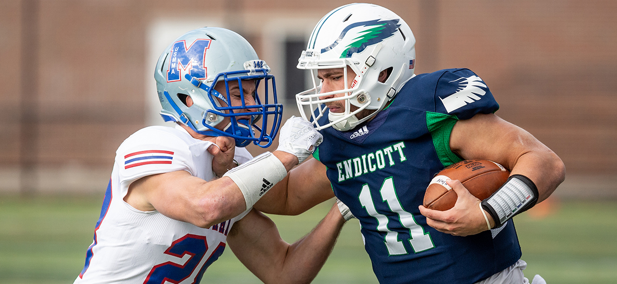 Merchant Marine Tops Endicott In New England Bowl, 38-22