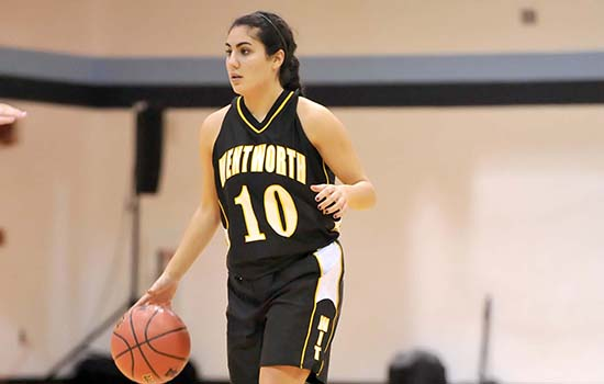 Women's Basketball Edged by Blue Jays
