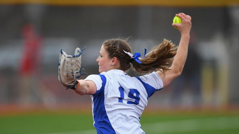 Bolan's Walk-Off Homerun Gives Softball a Split With Wagner
