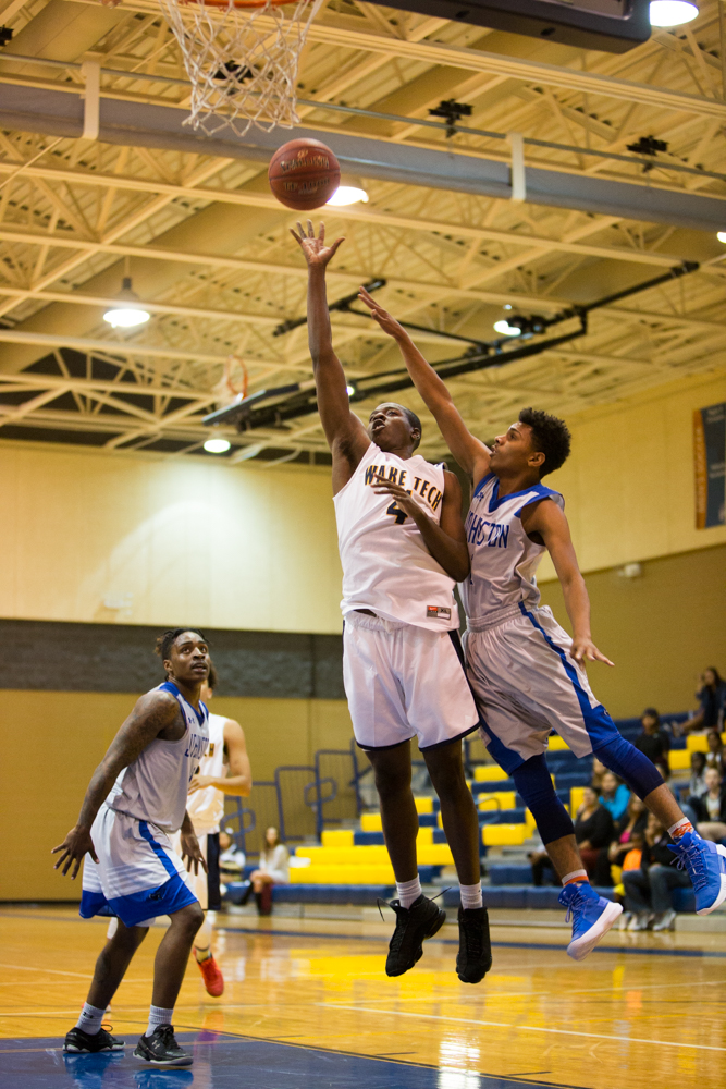 MBB: Eagles Let One Slip Away