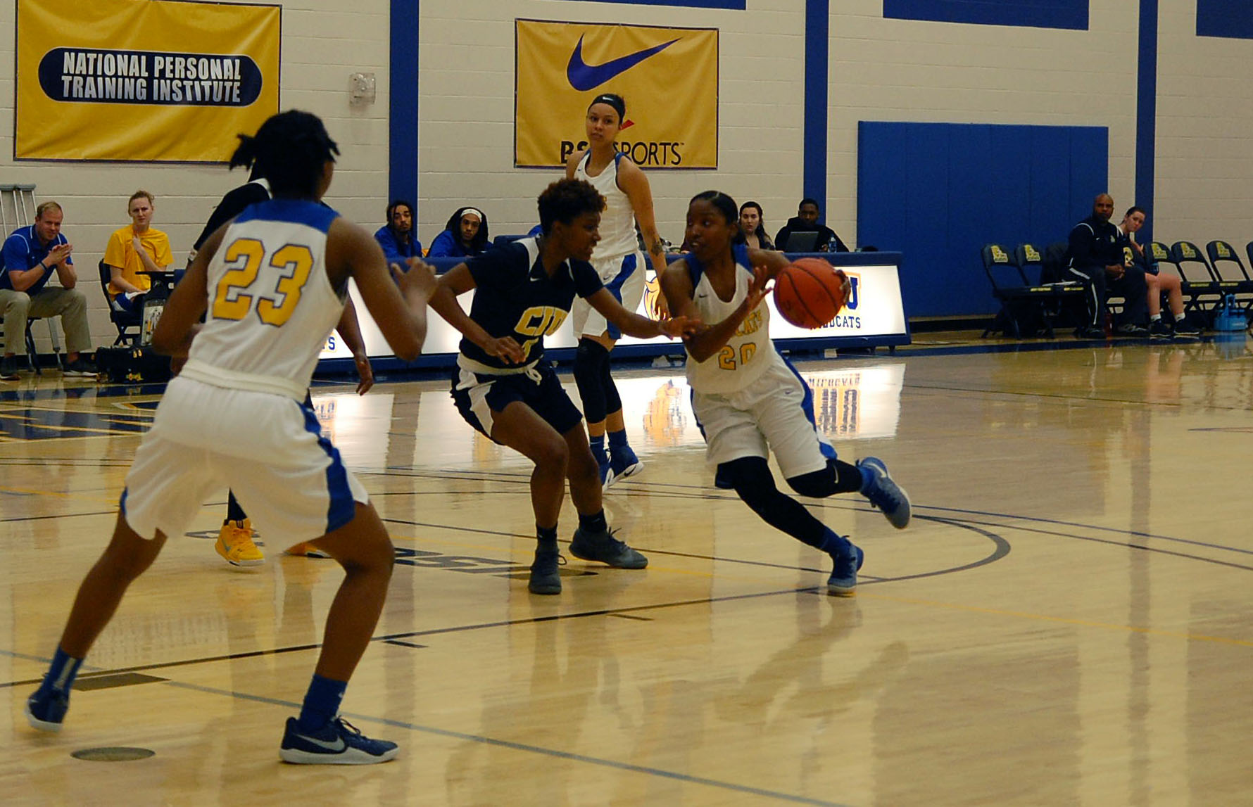 Balanced Attack Leads Women's Basketball to Ninth Straight Win