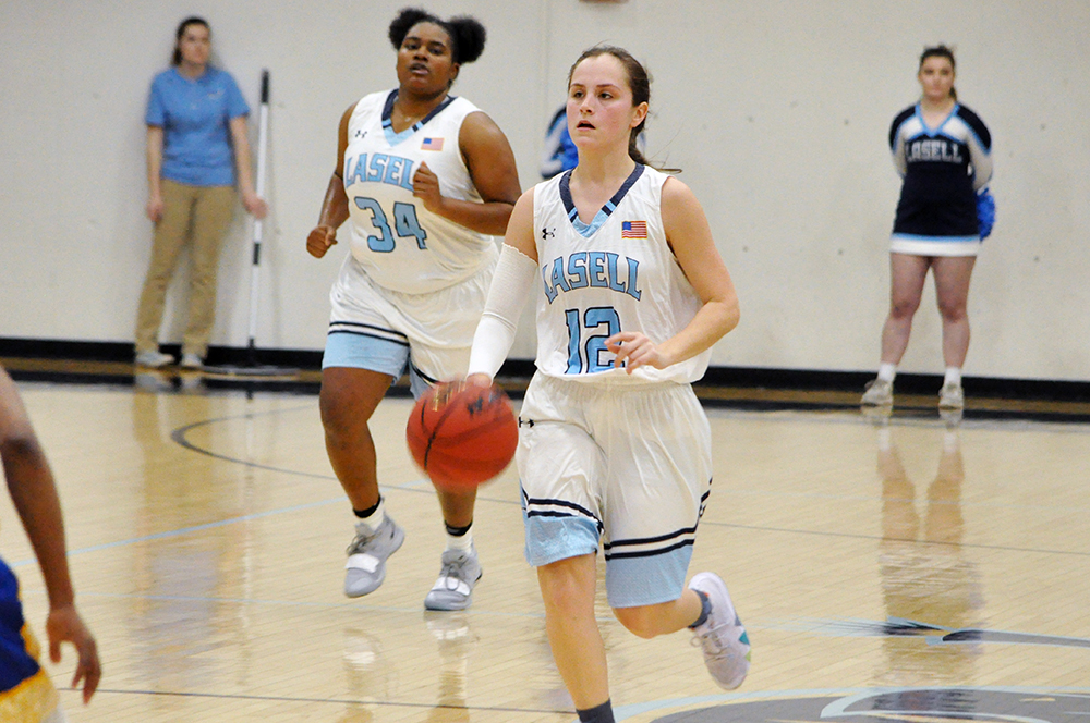 WBB: Johnson & Wales pulls away from Lasell