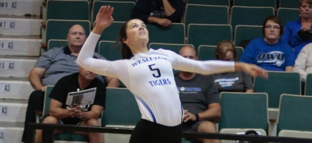 Morningside sweeps DWU volleyball in GPAC action