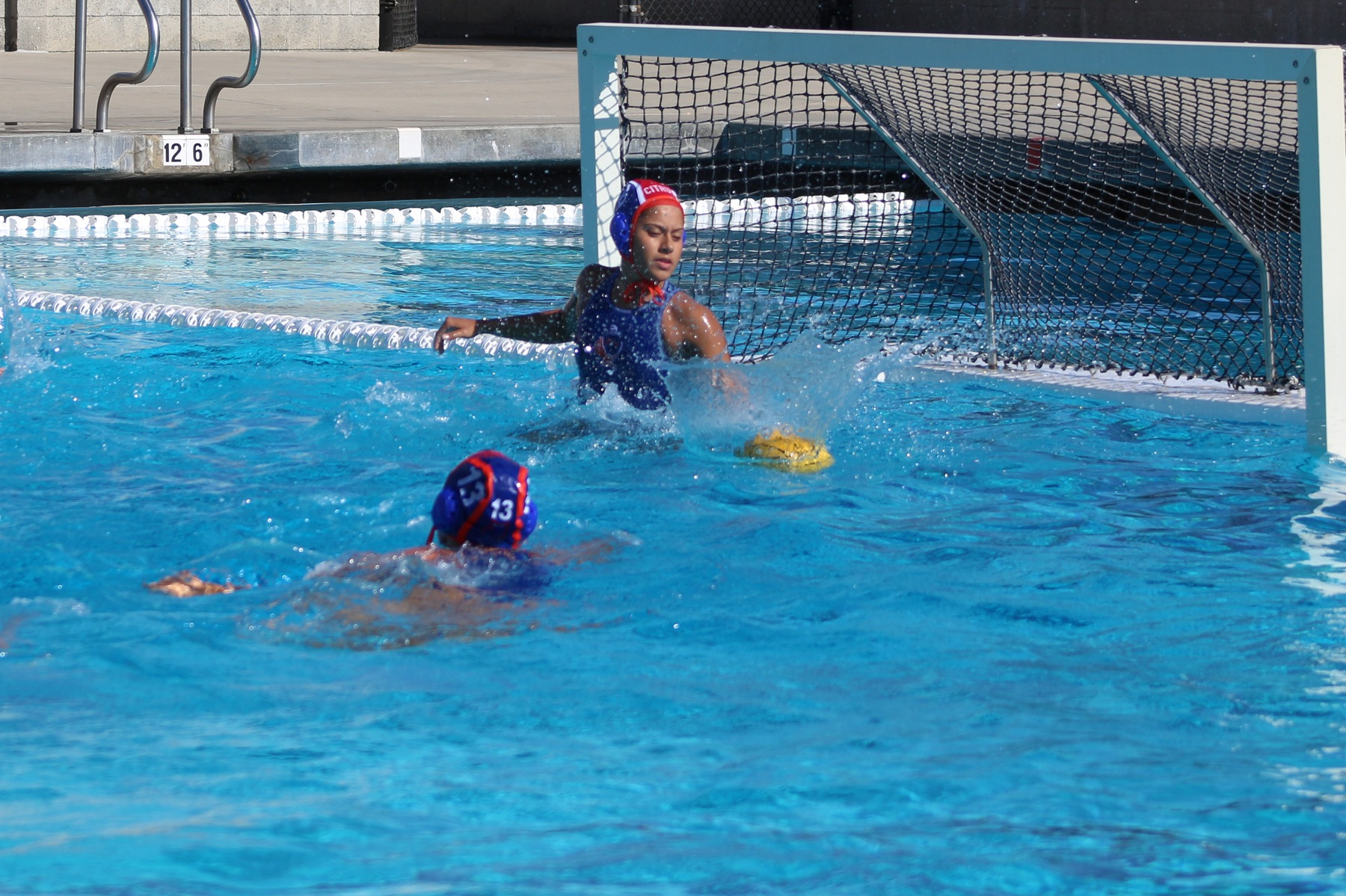 Goalie Dynalee Huerta shuts down a shot from Santa Monica. Image: Chris Peterson