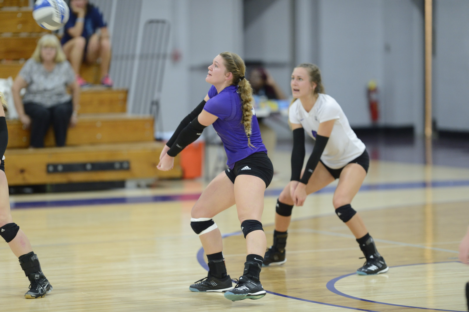 Bridgeport Volleyball Drops Non-Conference Tilt Versus Bentley
