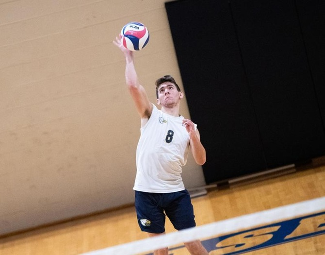 Men's Volleyball Splits Non-Conference Tri-Match