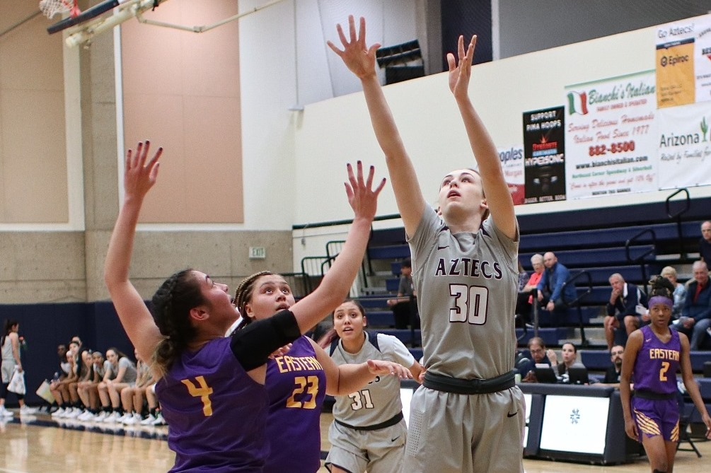 Freshman Hallie Lawson (Campo Verde HS) scored 12 points off the bench as she went 3 for 4 from the floor and 6 for 6 from the foul line. The Aztecs fell 73-72 at Arizona Western College dropping them to 3-5 overall and 0-3 in ACCAC conference play. Photo by Stephanie Van Latum