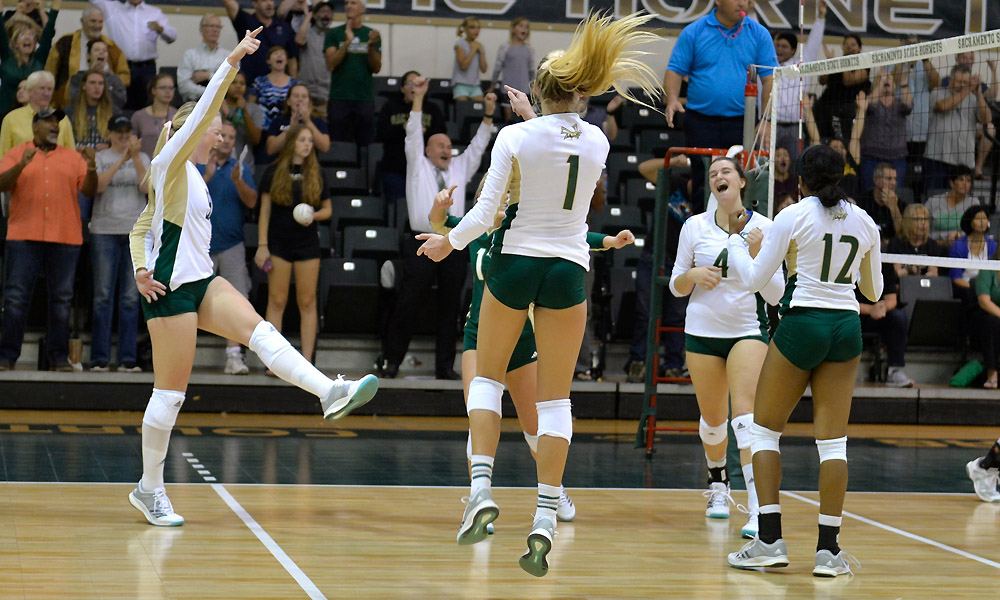 IN BATTLE FOR BIG SKY SUPREMACY, VOLLEYBALL BEATS NORTH DAKOTA
