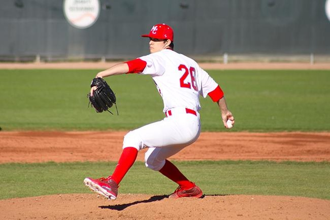 Nick Bonniksen paced the T-Birds for 5 2/3 innings in Mesa's victory at Phoenix College. (photo by Aaron Webster)