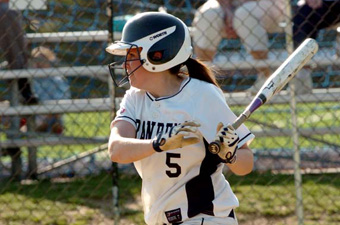 #18 softball sweeps RIC, 9-3 and 6-5, in Providence