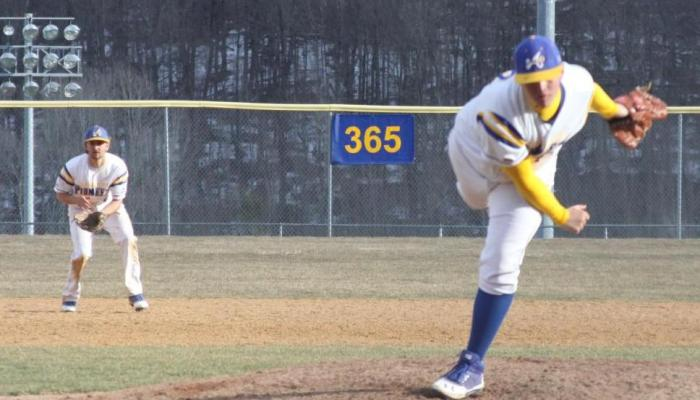 Pioneers and Panthers Split Extra Inning Affairs