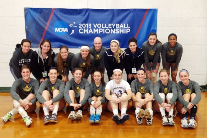 Women's Volleyball finishes season in first round of the NCAA Regionals