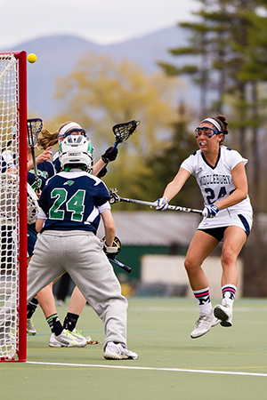 Women's Lax Tops Endicott In NCAA Play