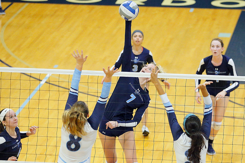 Lasell Women's Volleyball rallies to defeat Regis