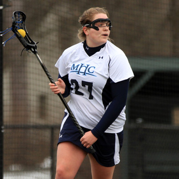 Lacrosse Dominant in 16-8 Win Over Southern Maine