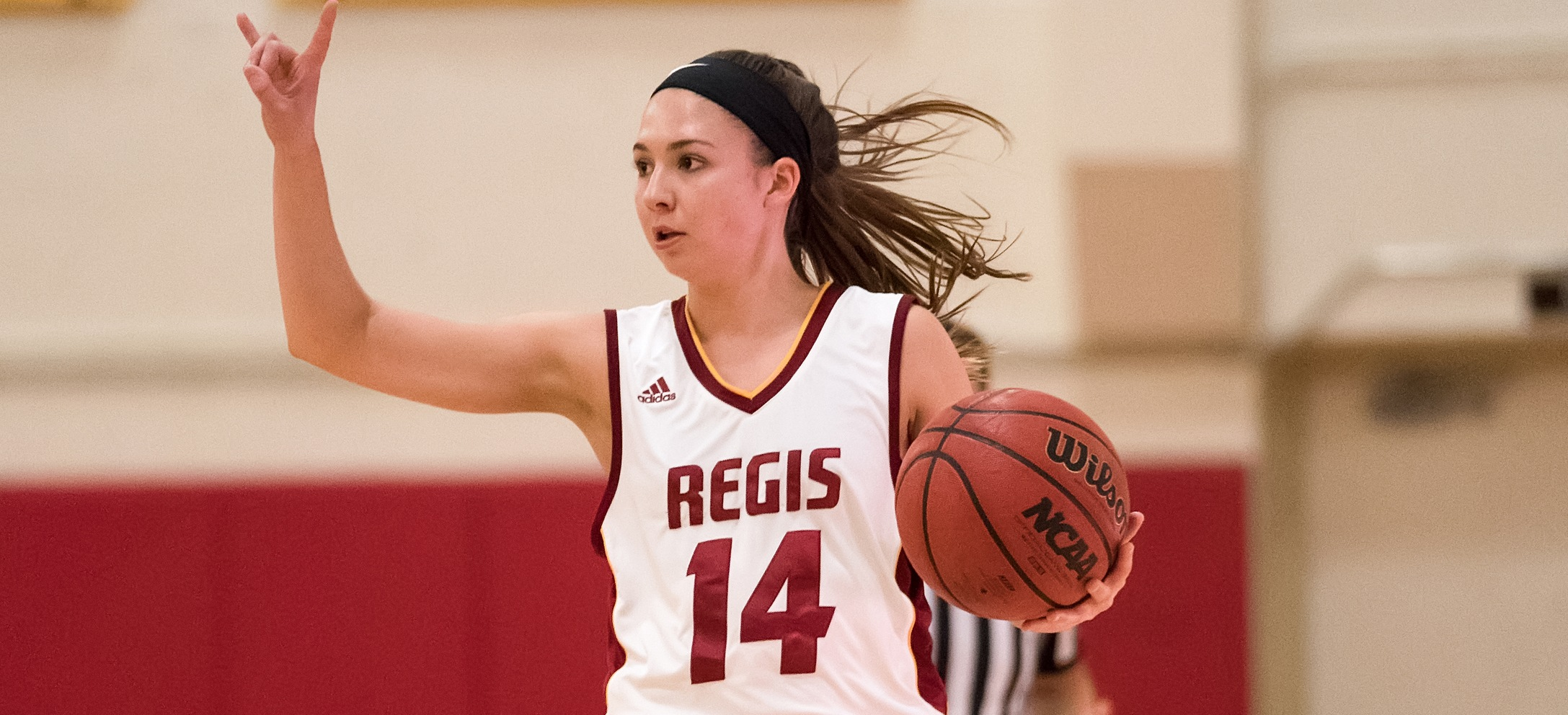 Women's Basketball Drops Road Contest To UMass-Dartmouth
