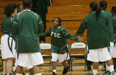 Though small, Tiffara Steward plays big for Farmingdale State