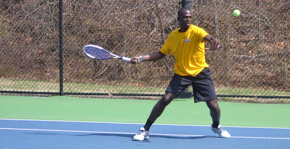 Men's Tennis Cruises Past Hartford, 6-1