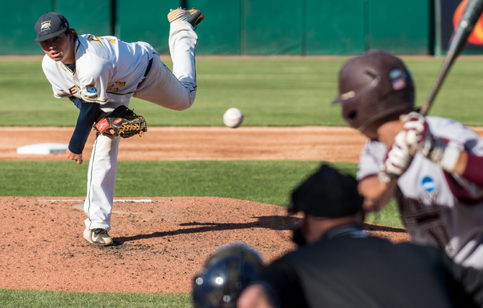 Emory Baseball Downs Birmingham-Southern, 4-1, in Battle of Top-Five Teams