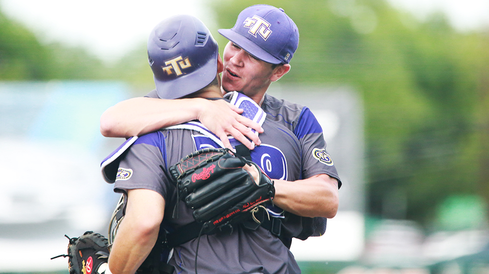 No. 10 Golden Eagles defeat No. 5 Texas in first taste Super Regional action