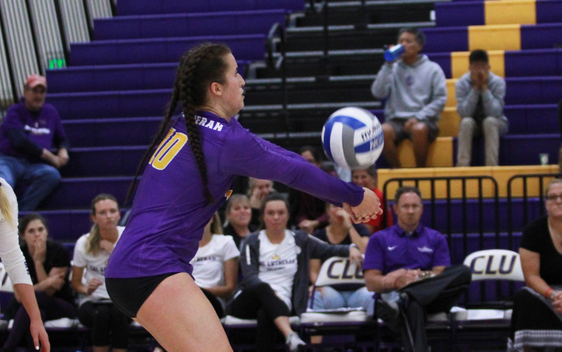 Howard Moves Into Top-10 Dig's List; Regals Cruise Past Beavers