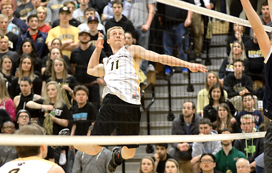 Men's Volleyball Sweeps Hunter to Advance in NCAA Tournament