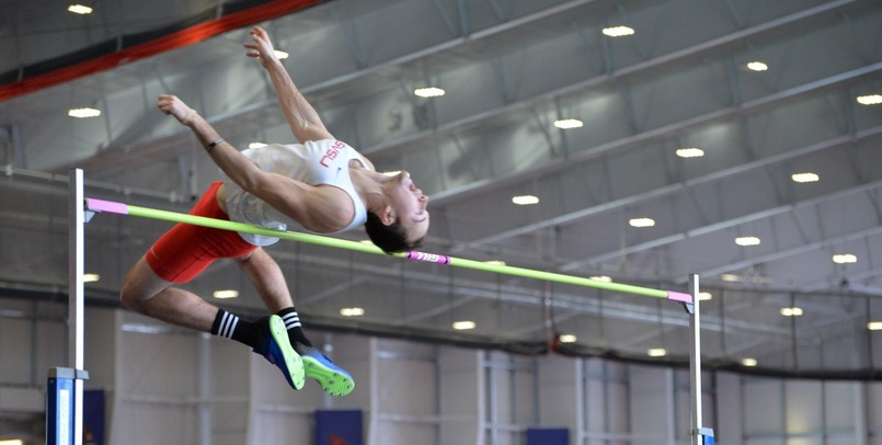 Five Cardinals had Top Five Finishes in the GVSU Big Meet Day One