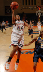 Fullerton's Toni Thomas Named Big West Player of the Week
